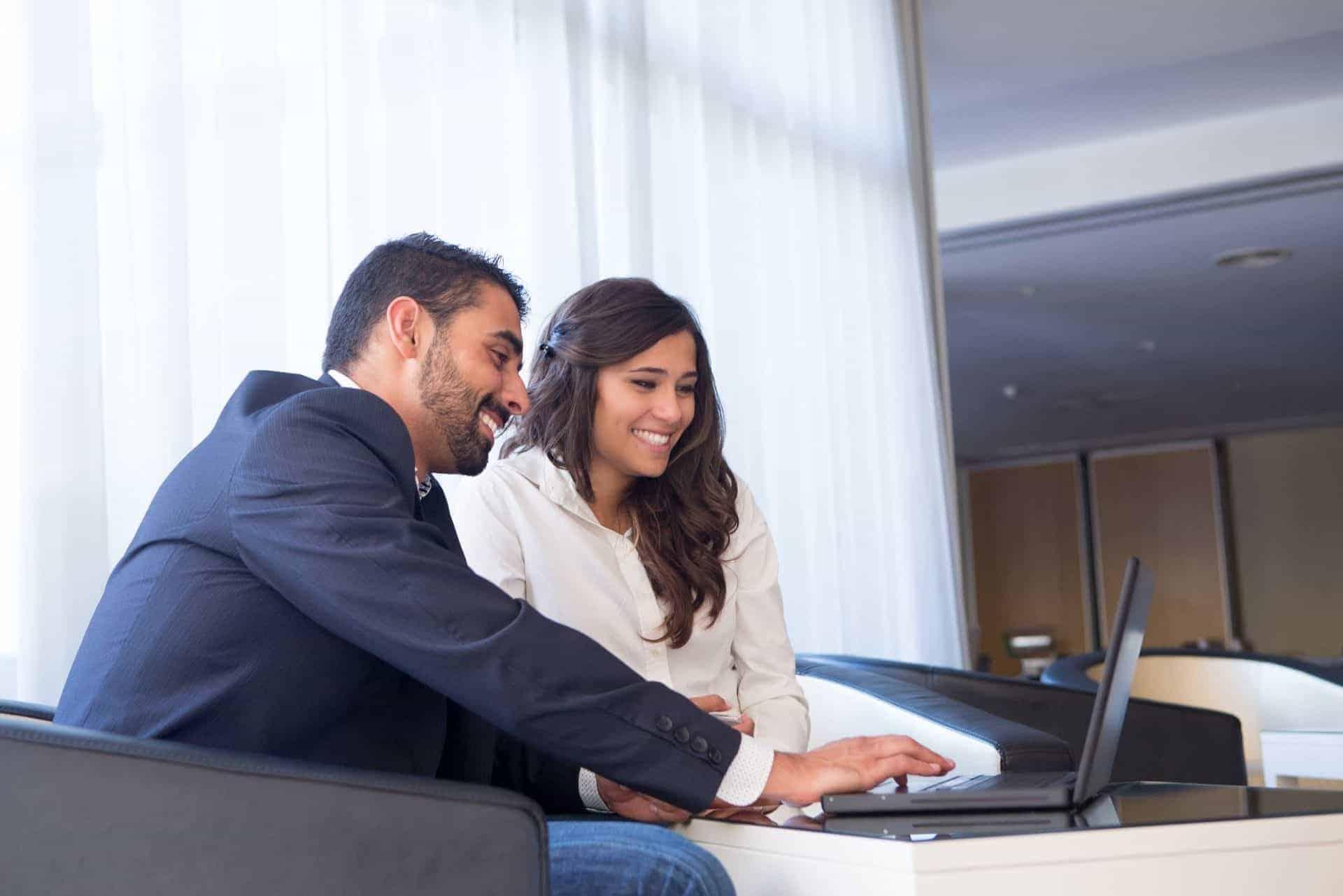hire-home2decor interior designer team